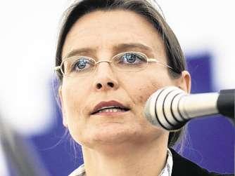 <b>Hildegard Wimmer</b> ... - 2001848555-hildegard-wimmer-messe-wasserburg-gmbh-aufgeloest-konzentriert-sich-beratung-1IUI