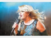 Mühldorfer feiern Bonnie Tyler beim Hitze-Festival