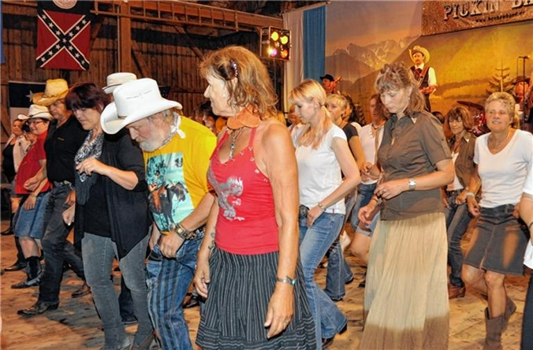 Volles Haus beim Country-Fest in Grassau