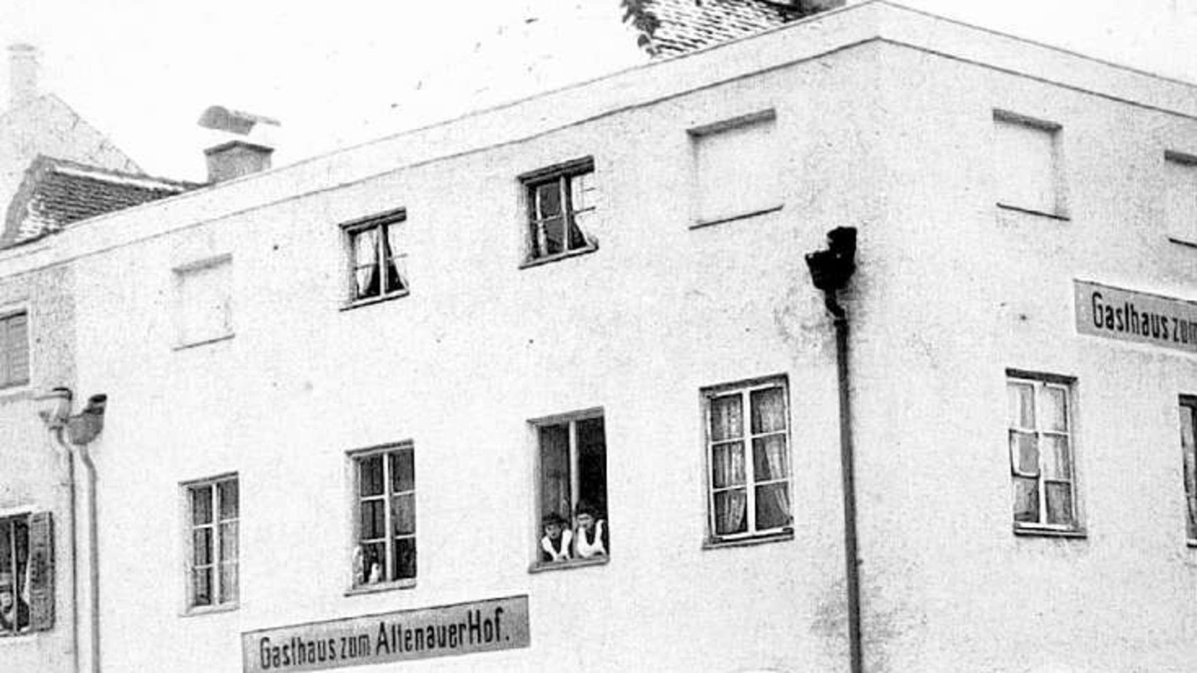 Gasthaus Erinnerte An Fruheres Kloster Stadt Rosenheim