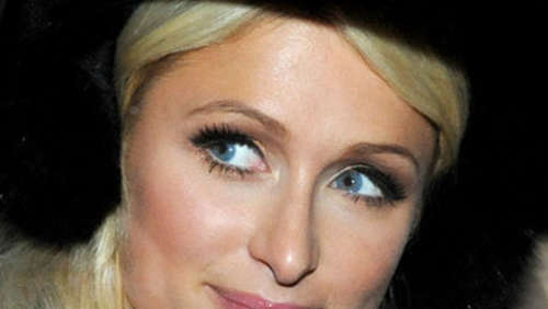 Paris Hilton bricht genervt ein Interview ab