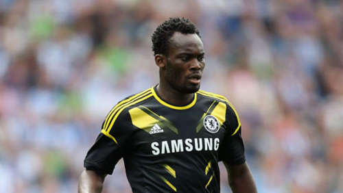 Real Madrid leiht Chelseas Essien aus