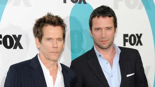 Kevin Bacon knutscht James Purefoy