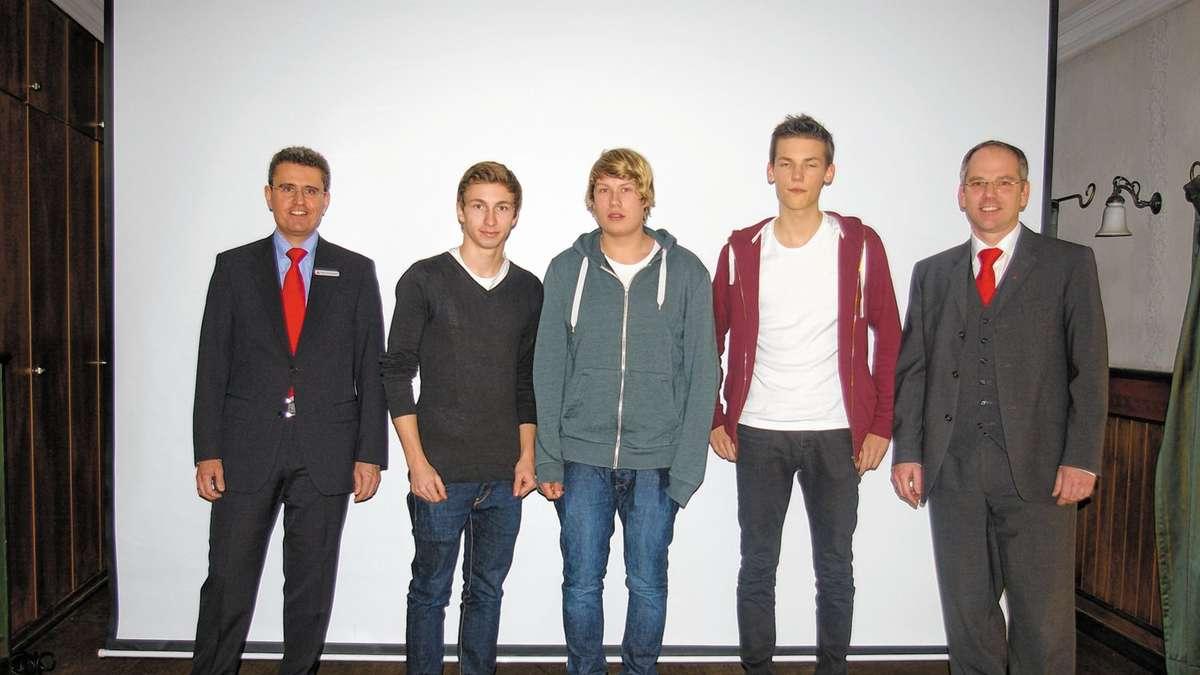 Die Gruppe Kkk Kaufte Die Besseren Aktien Chiemgau