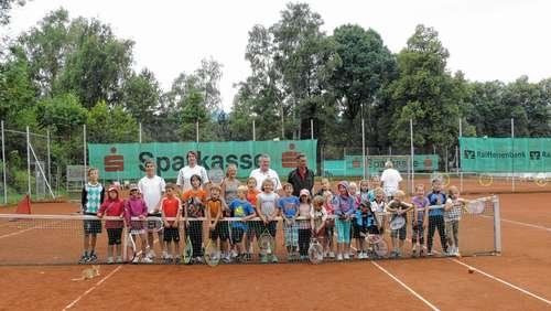 Kinder lernten Tennissport intensiv kennen
