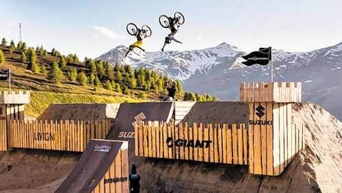 Weltbeste Mountainbike-Freerider am Start