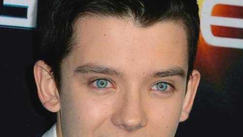 "Asa Butterfield in Sci-Fi-Drama ""Out of This World"""