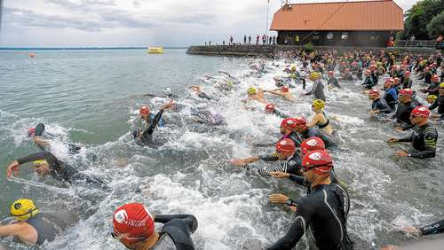 Top-Feld beim Chiemsee-Triathlon