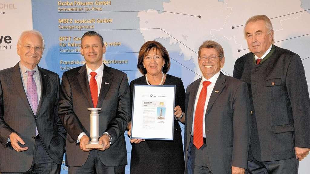 Bauer Erhält Mittelstandspreis Wirtschaft Aus Der Region