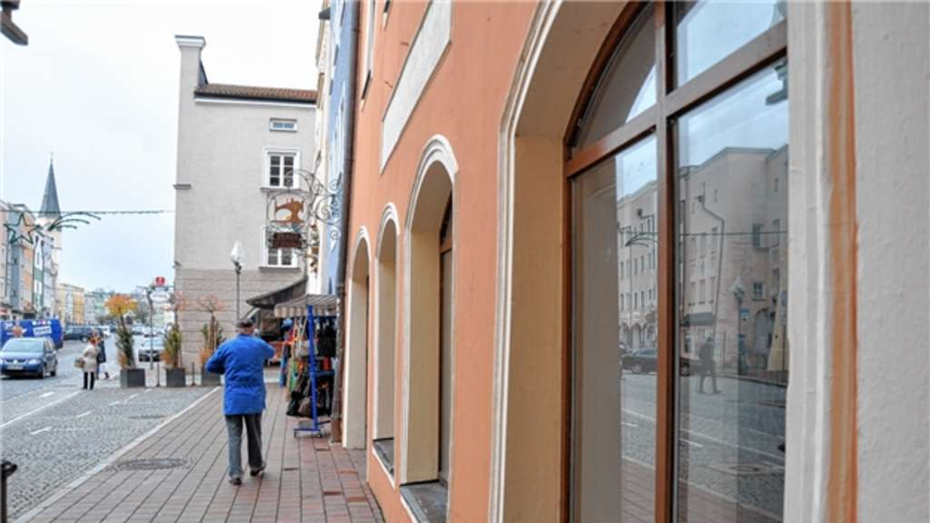 Neue Geschäfte Am Stadtplatz Deko Händler Depot Und Buchhandlung