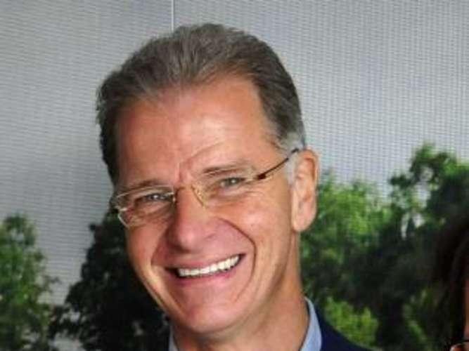 <b>Helmut Lind</b>,Vorstandschef derSparda-Bank. foto: m. schlaf - 1367780038-0516def3-016c-4a34-b5f4-934b9b8b2808-3wRG