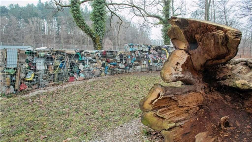 Müll-Kunstwerk wird abgebaut   Chiemgau