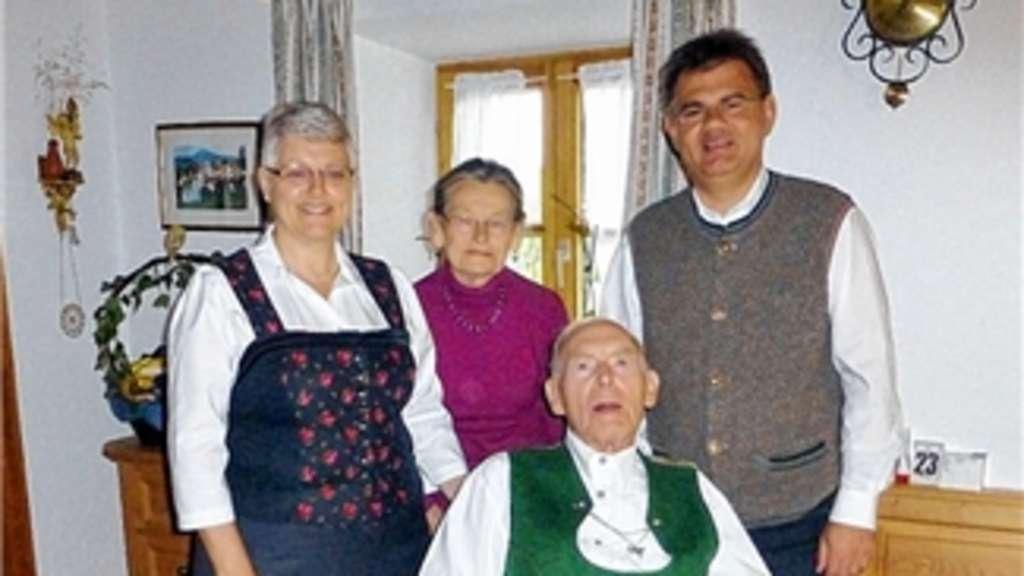 Viel Freude Im Kreise Der Großen Familie Rosenheim Land