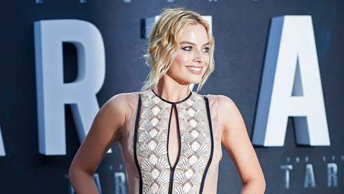 Mit diesem royalen Hottie simst Margot Robbie