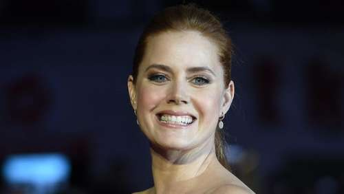 "Amy Adams spricht in ""Arrival""-Trailer mit Aliens"