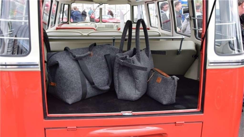 Auch hochwertige Filztaschen gehören zum Angebot.