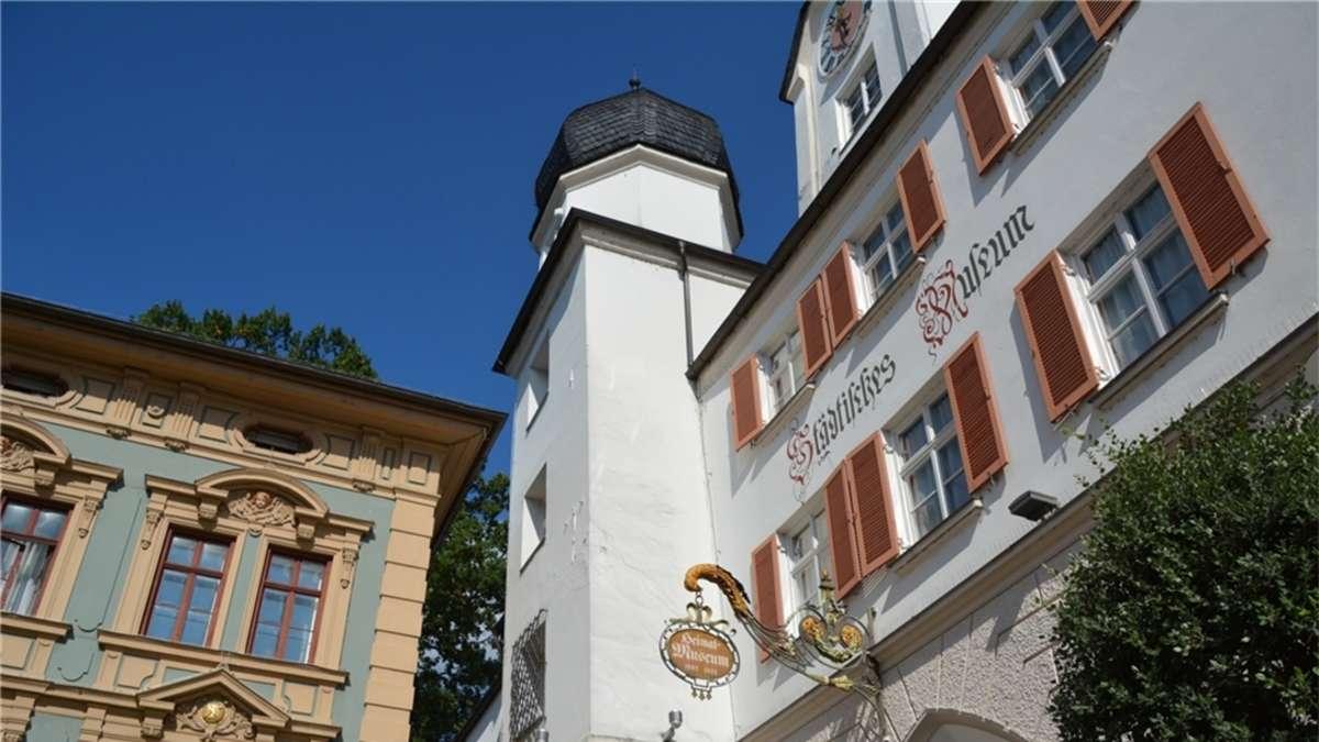 Klaffende Risse Und Schr Ge B Den Rosenheim Stadt