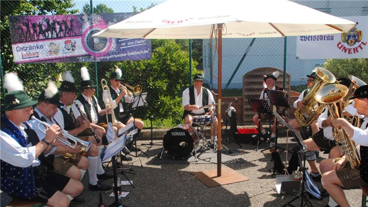 Fest der Rekorde: Flossinger Dorffest geht nach vier Tagen zu Ende ...