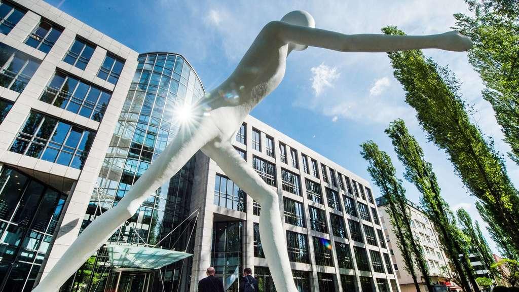 Münchener Rück Hält An Ihren Zielen Fest Wirtschaft