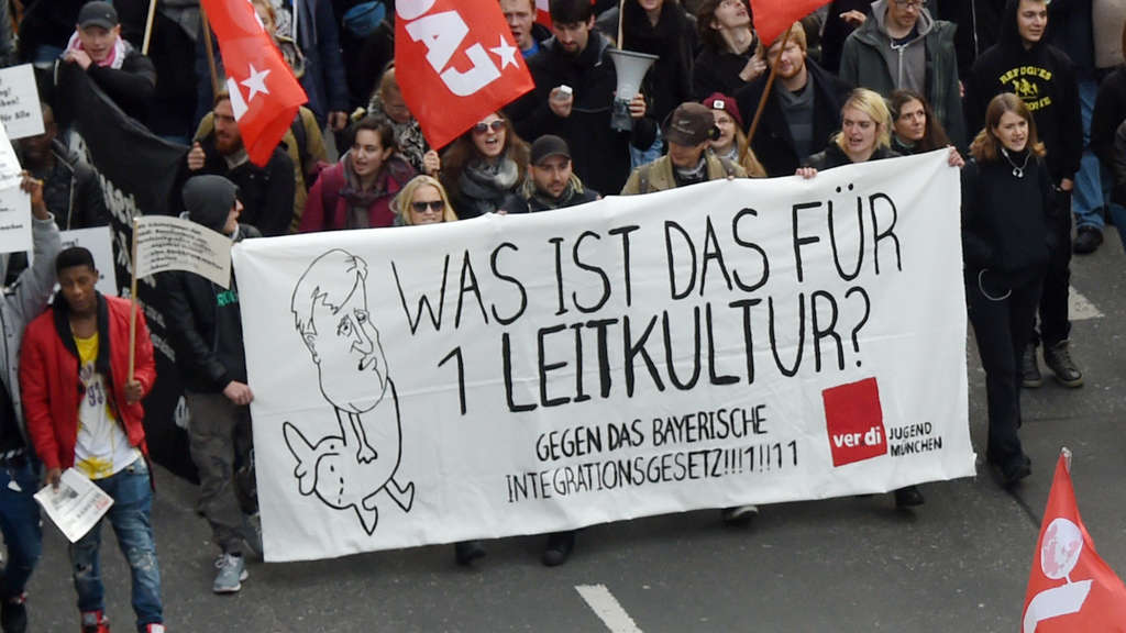 Demonstration gegen Integrationsgesetz