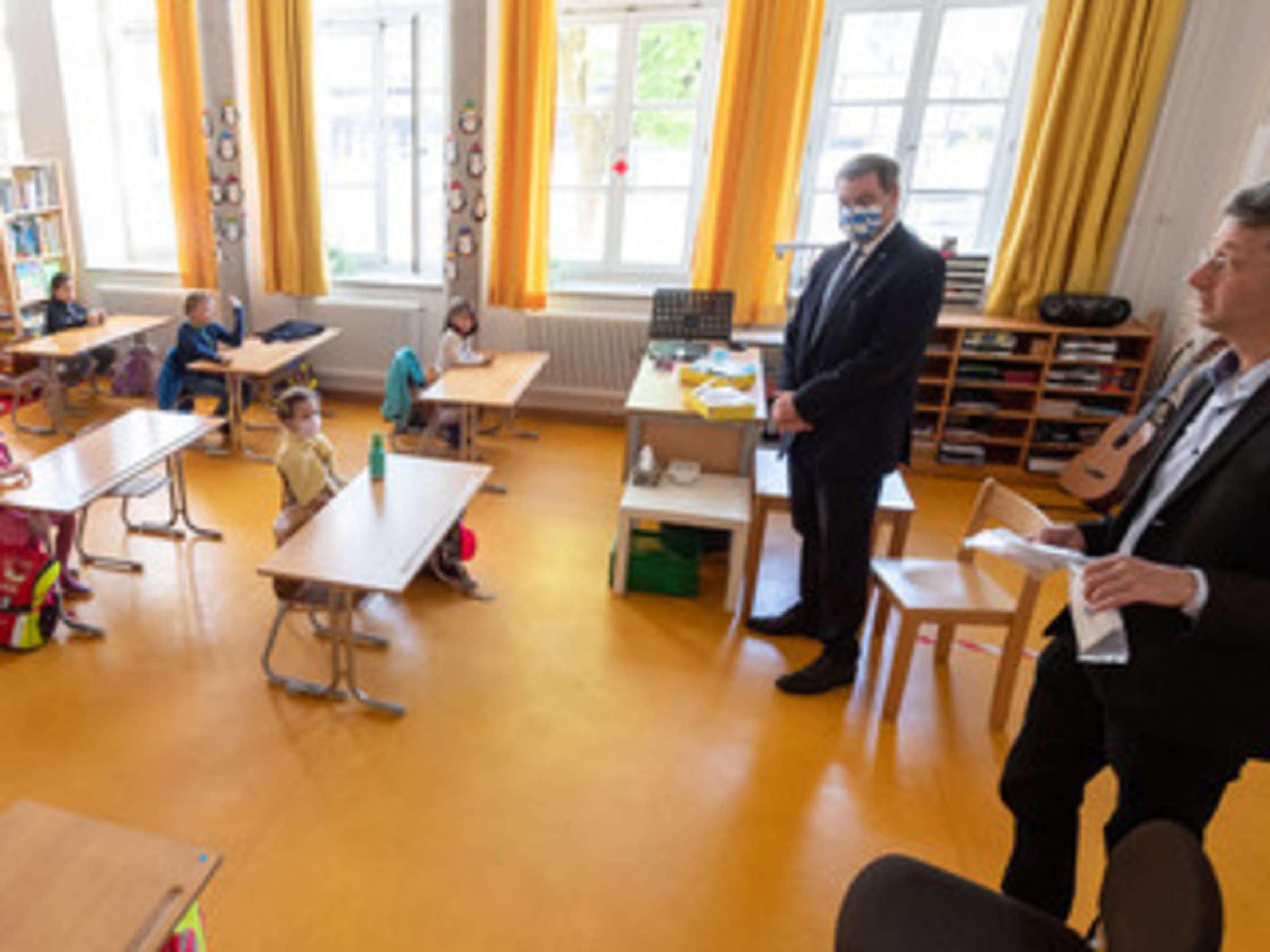 Neustart An Bayerns Schulen Nach Den Sommerferien Minister Piazolo Sieht Vier Szenarien Bayern